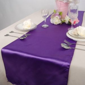 location chemin de table sation violet